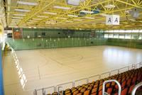 Sporthalle A der Bundeswehrsportschule mit einer Tribüne für 600 Zuschauer