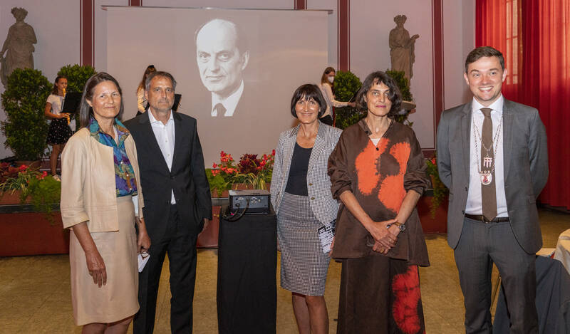 Familie Windelen mit Bürgermeister Peter Horstmann