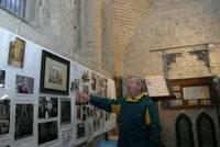 Herr Nünning kennt interessante Details zur Kirchengeschichte
