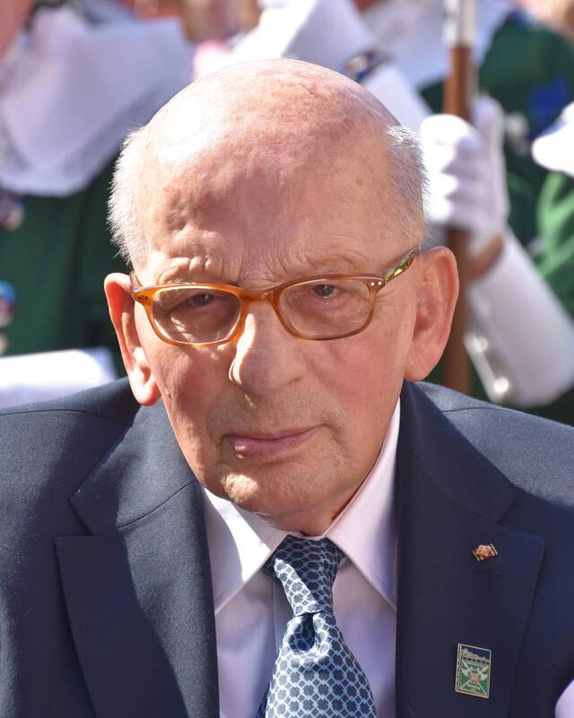 Ehrenbürger HGW beim Empfang zu seinem 90. Geburtstag