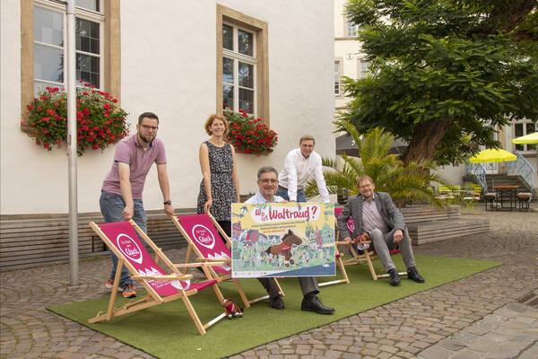 Sebastian Höber (Quartiersbüro), Pascale Kaell (Altstadtkoordinatorin, Stadt Warendorf), Bürgermeister Axel Linke, Thorsten Büttner, Christoph Berger (beide Verein WiWa)