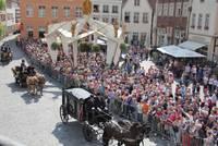 Die Warendorfer Pferdeprozession lockt alljährlich tausende Besucher an