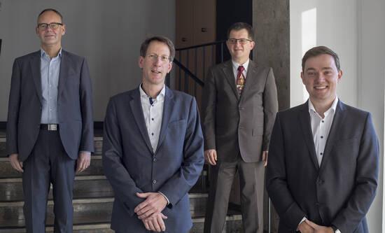 Dr. Martin Thormann, Dr. Bernd Köster, Peter Pesch, Bürgermeister Peter Horstmann