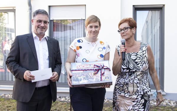 Bürgermeister Axel Linke, Sozialdienstleiterin Lisa Goebeler, Heimleiterin Birgit Dike